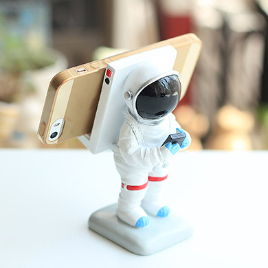 Apollo box astronaut phone stand